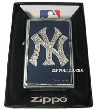 ニューヨーク・ヤンキース・ブリング – Zippo New York Yankees Bling