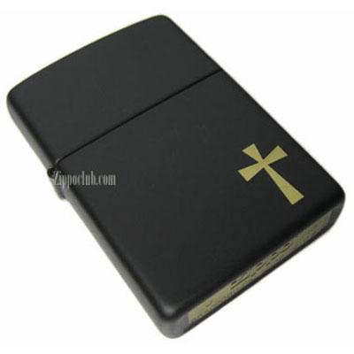 ゴールドの十字架がデザインされたクロスZIPPO