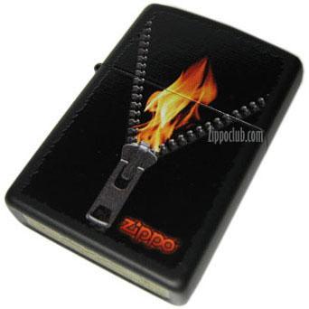 ジップド・ブラックマット・ジッポーライター Zipped Black Matte Zippo